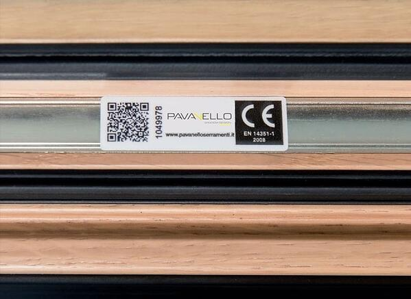 QR Code che si può trovare sulle finestre Pavanello