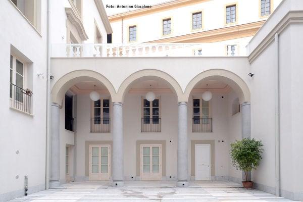 Produzione e Progettazione infissi- Palazzo Lampedusa2