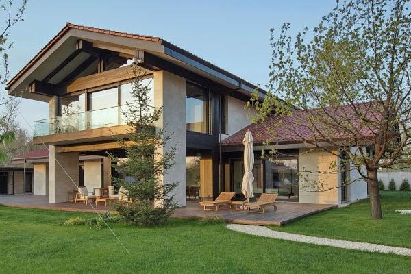 arredare-soggiorno-con-tante-finestre-esempio-2-esterno