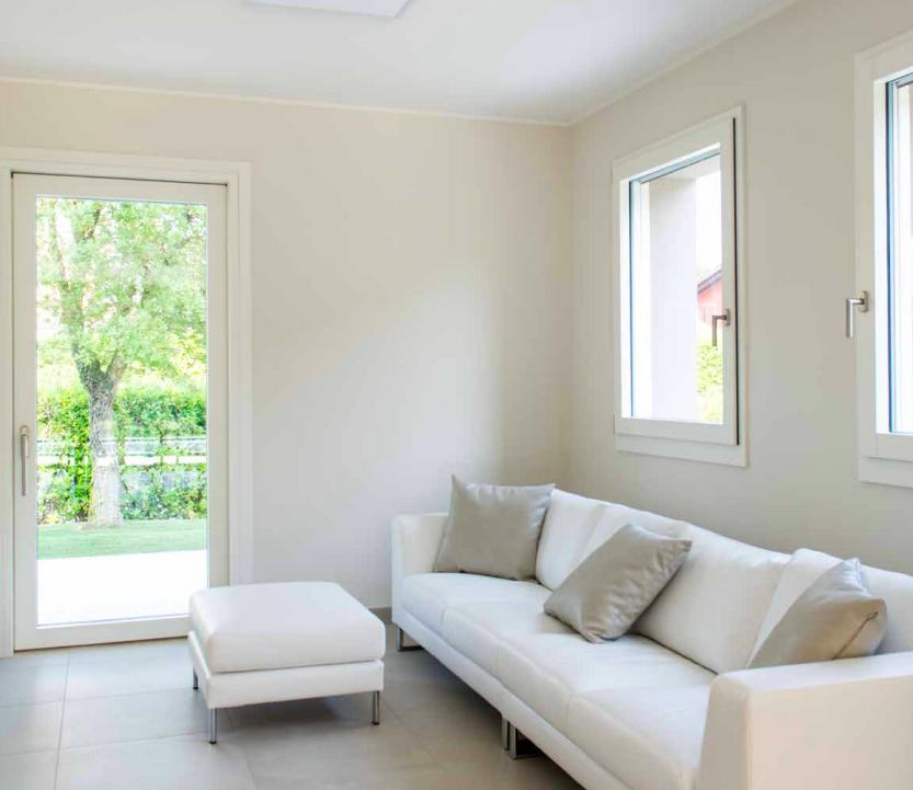 finestre moderne in legno-pino-laccato