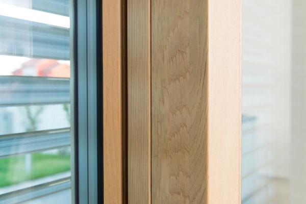 dettaglio finestra camera da letto